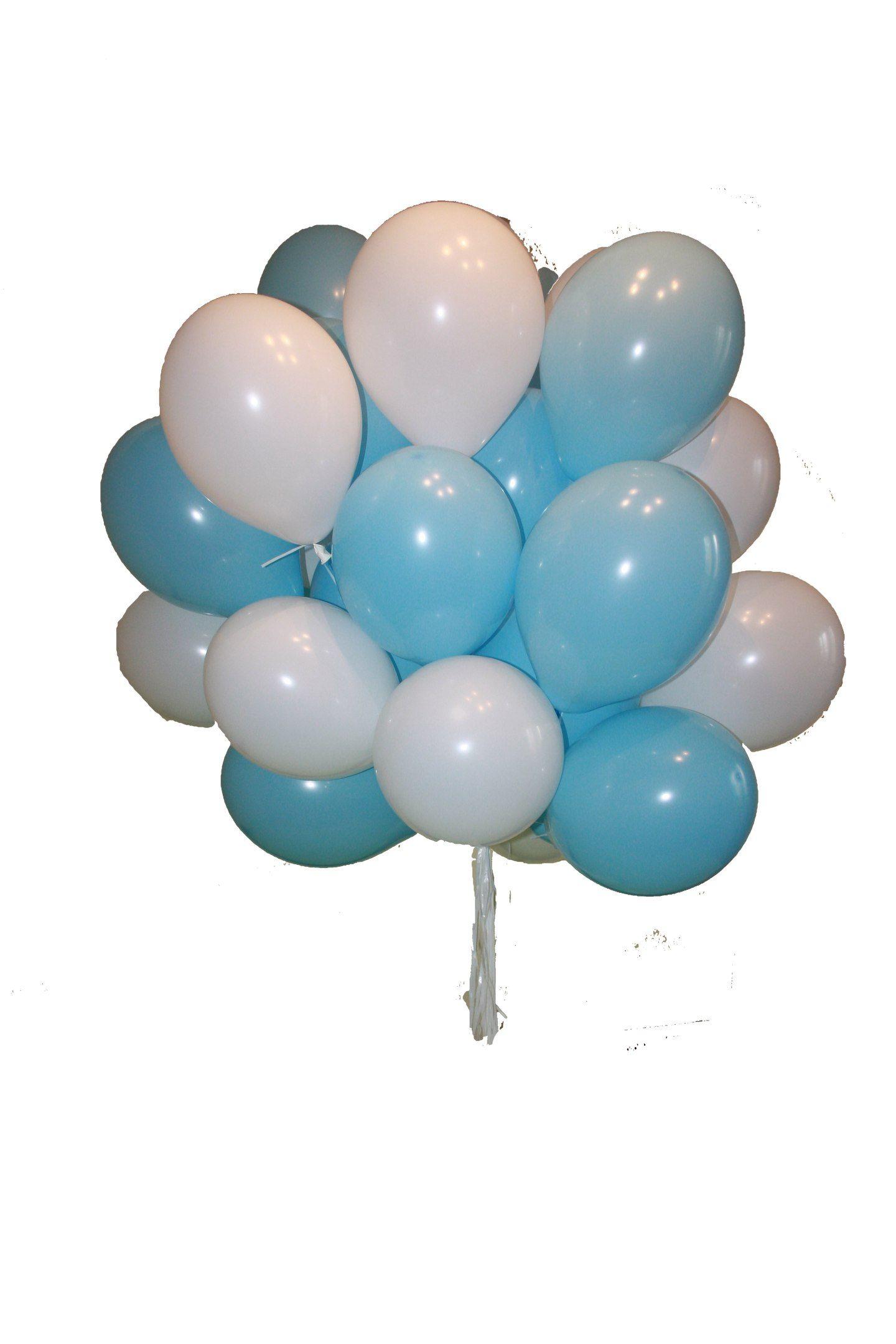 Облако из воздушных шаров белого и голубого цвета