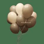 Облако из воздушных шариков нежное белого и серого цвета